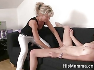 girlfriend gets enticed by mature lesbo who wants