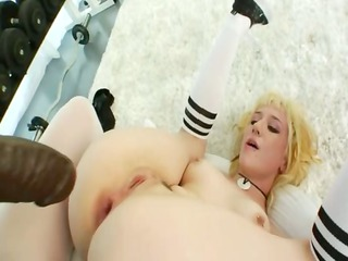 unique anal wench toying in the gym