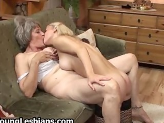 chubby aged wife receives her hairy pussy part1